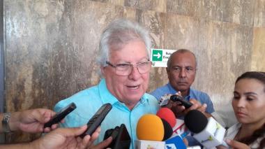 Toque de queda para menores en Soledad, anuncia el alcalde Herrera