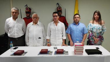 Martínez, Caicedo y Johnson, exaltados con orden