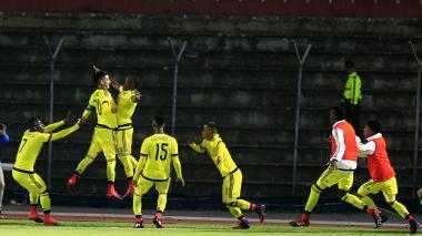 Colombia vence 1-0 a Brasil y suma su primer triunfo en el Sudamericano Sub-20