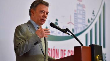 """""""Hoy hay algo más de 4.000 guerrilleros en las Zonas Veredales"""": Santos"""