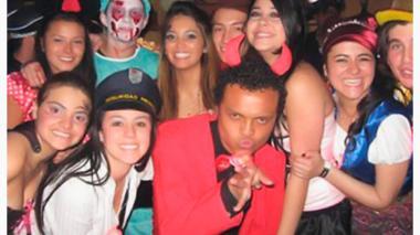 Foto de la fiesta donde se vio por última vez a Colmenares con vida.