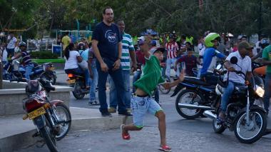 Disparos y piedras en Galapa tras elecciones que ganó Alberto Silvera