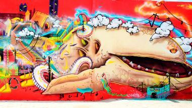 Mural de la primera edición en 2015 del Festival Internacional de Grafiti y Arte Urbano, Killart, realizado en la Intendencia Fluvial.
