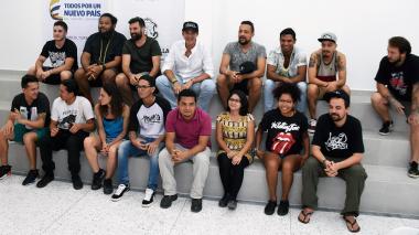 Los artistas de arte urbano de Killart y sus asistentes, provenientes de varios sectores de Barranquilla.