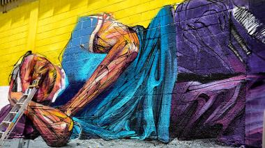 La imagen de Jaime ya está extendida sobre el rústico lienzo de Barrio Abajo, sobre el que el francés Hopeare revela un rostro de la realidad social.