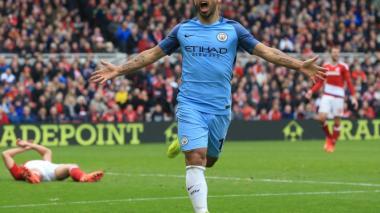 Silva y Agüero llevan al City a semifinales de la Copa de Inglaterra
