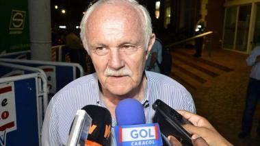 """""""Hay tiempo para descansar pese al retraso"""": presidente de la Federación Boliviana de Fútbol"""