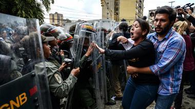 """Lo de Venezuela fue un """"auto golpe de Estado"""": OEA"""