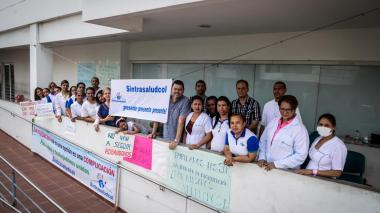 70 trabajadores de Cafesalud completan 18 días de cese laboral