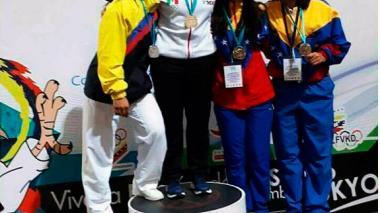 Karatecas criollos, firmes en Caracas