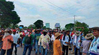 Indígenas bloquean troncales en Chinú y Lorica
