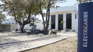 España trabaja para alcanzar acuerdo con Colombia en caso de Electricaribe