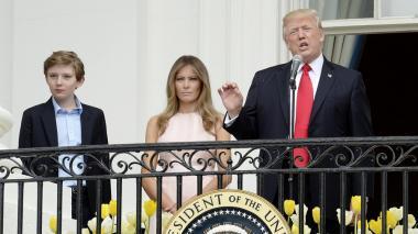 Trump, la primera dama Melania y su hijo Barron.