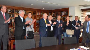 Solicitan a Andrés Pastrana liderar partido Conservador