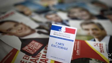 Franceses van hoy a las urnas en un ambiente de incertidumbre