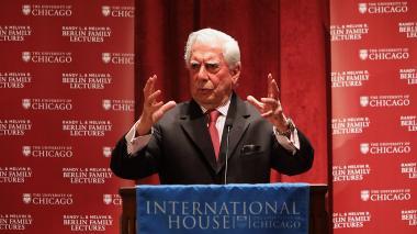 """""""La ciudad y los perros"""" me ayudó a descubrir vocación: Vargas Llosa"""