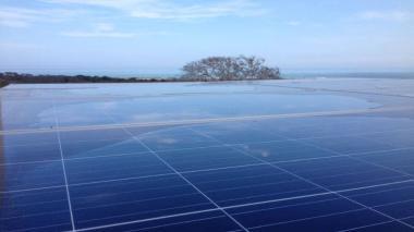 Paneles solares en una vivienda en la Costa Caribe.