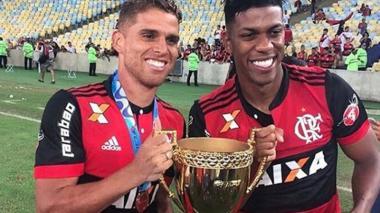 Gustavo Cuéllar y Orlando Berrío, campeones con el Flamengo en Brasil