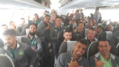 Con foto del vuelo, Chapecoense registra su retorno a Colombia