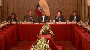 Rafael Correa da inicio al segundo ciclo de negociaciones entre Gobierno y ELN