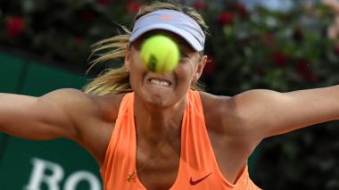 La rusa Maria Sharapova venía entrenando para participar en Roland Garros.