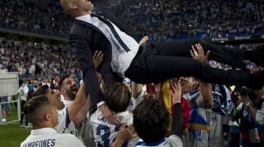 """""""Zidane es el mejor entrenador del mundo"""": Florentino Pérez"""