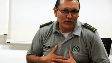 Roban camioneta al general Segura, excomandante de la Policía Metropolitana de Barranquilla