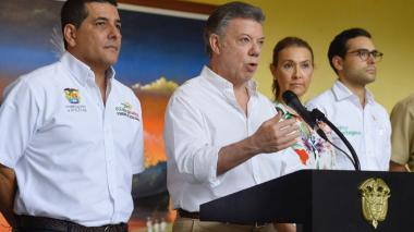 """""""El gobierno continúa con su calendario, ese es el compromiso y se va a cumplir"""": Santos"""