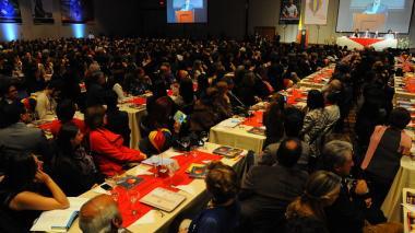 Colciencia y Colfuturo entrega 1200 becas para realizar maestrias en el exterior