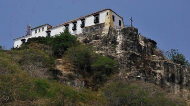 Alcaldía y Universidad de Cartagena inician estudios del Cerro de La Popa
