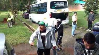 Técnico del Deportes Quindío fue agredido por barras bravas en entrenamiento