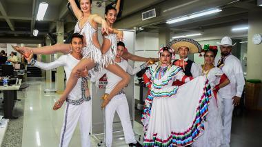 En Barranquilla, bailarines danzan por el posconflicto