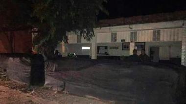 Subestación de Policía en el corregimiento La Mata, sur del Cesar, atacada con explosivos por guerrilleros del ELN, según informaron las autoridades.