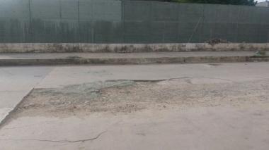 Alertan por Pavimento deteriorado en Barlovento