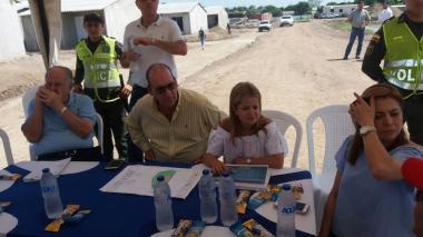 Ministra Elsa Noguera supervisa obras de viviendas gratis en Atlántico
