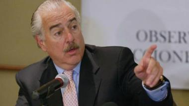 """Gobierno de Maduro declara """"persona no grata"""" al expresidente Andrés Pastrana"""