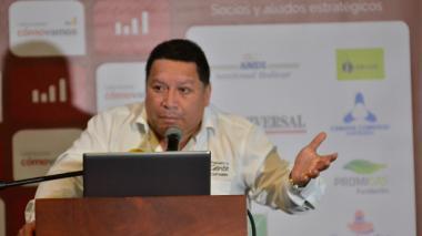 Manuel Vicente Duque, alcalde de Cartagena, durante la presentación del informe.