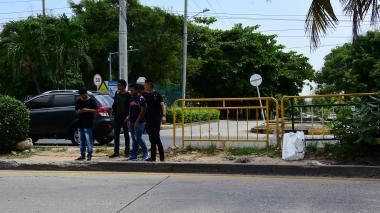 'Guerra de vallas' en el Corredor Universitario