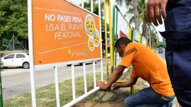 Alcaldía de Puerto Colombia vuelve a instalar vallas en Corredor Universitario