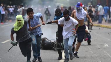 Dos menores mueren en protestas contra Constituyente en Venezuela