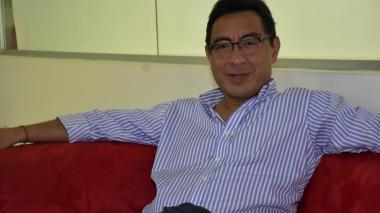 El presidente de Colpensiones, Mauricio Olivera,durante su visita a EL HERALDO.