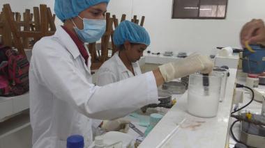 El desarrollo científico ha contado con el apoyo de la Universidad de Córdoba, a cuyos laboratorios se desplazan periódicamente los estudiantes que hacen parte del semillero.
