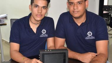 Estudiantes de Uniautónoma crean plataforma para disminuir consumo de energía