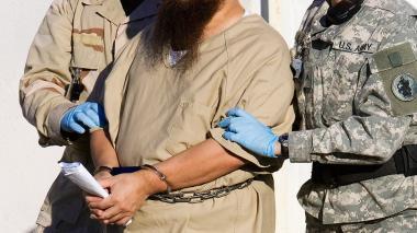 Psicólogos que diseñaron plan de torturas de CIA irán a juicio en EEUU