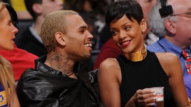 Chris Brown explica por qué golpeó a Rihanna