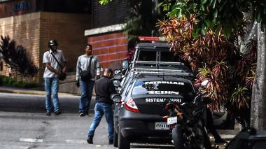 Agentes allanan casa de exfiscal Ortega