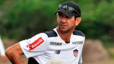 El samario Arturo Reyes, asistente técnico de Julio Avelino Comesaña, dirigió a Junior en Neiva.