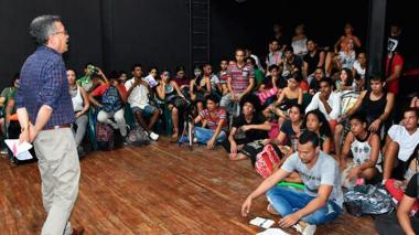 Acuerdo para modificar inicio de clases en Bellas Artes