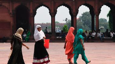 India prohíbe el divorcio por repudio automático a la mujer entre musulmanes