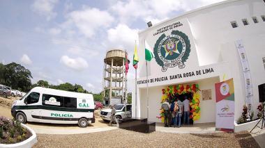 Estación de Policía y puesto militar para Santa Rosa de Lima y Villanueva, Bolívar